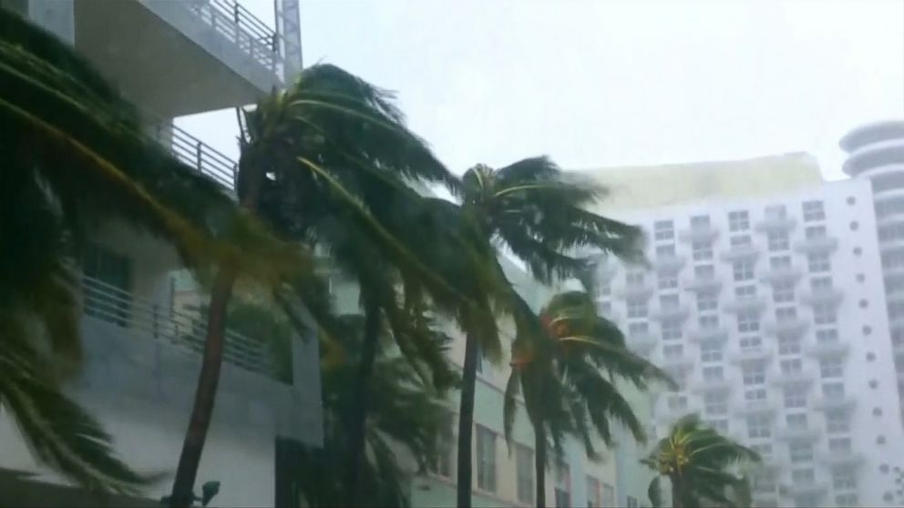 5 dead, 3.5M without power as Irma nears vulnerable Tampa Bay