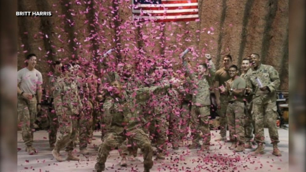 613fa728f US soldiers in Afghanistan shoot pink confetti to reveal sex of ...