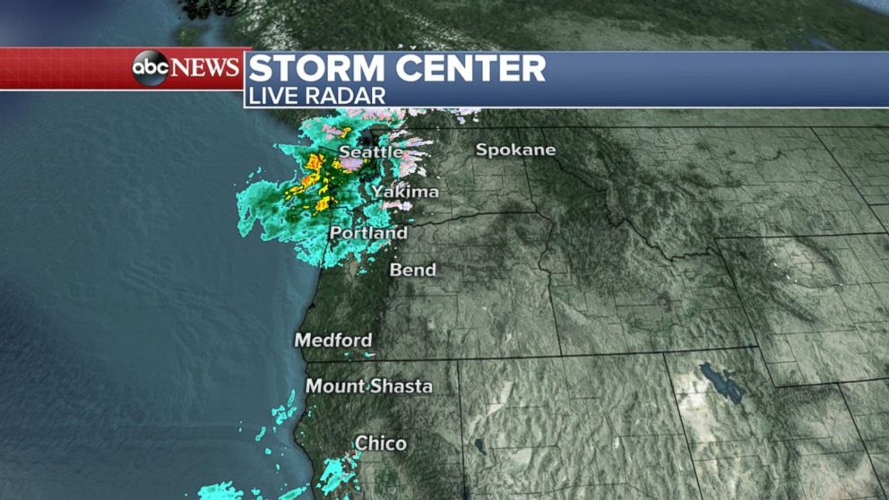 Major Storm Hitting West Coast With Heavy Rain Strong Winds