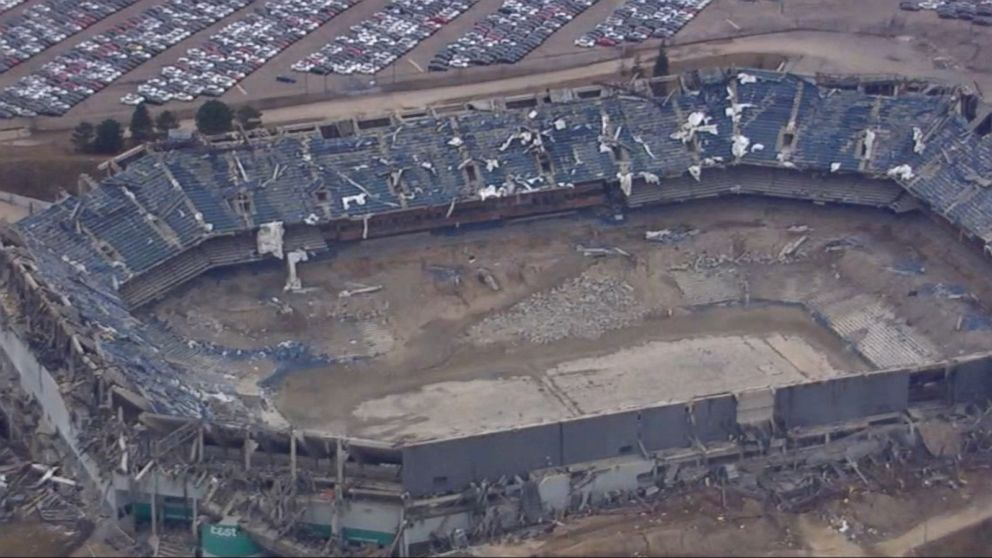 2nd controlled explosion brings down part of Detroit's Pontiac Silverdome Video - ABC News