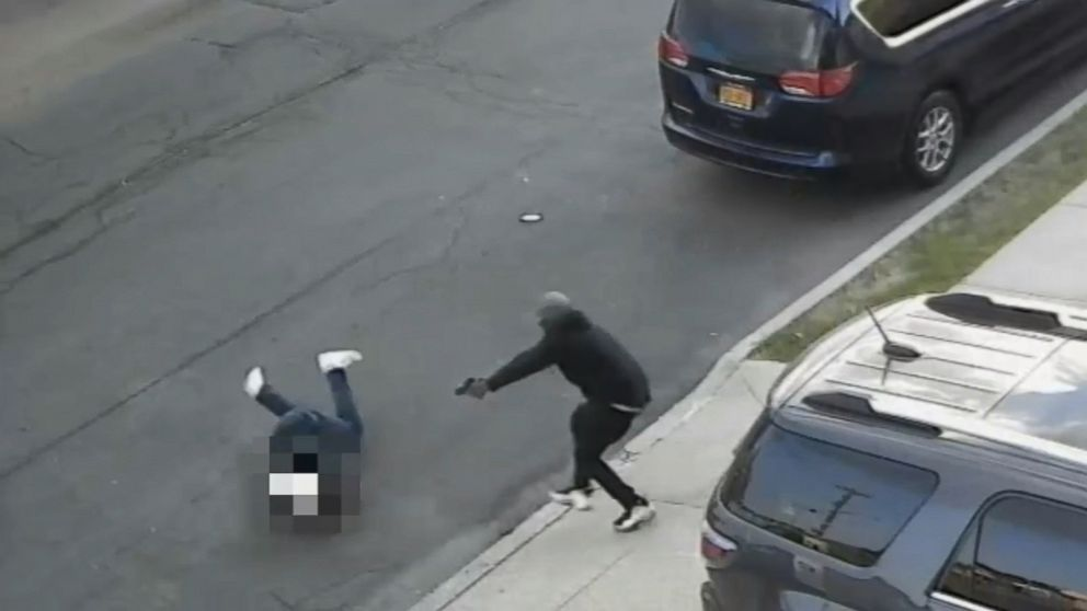 Shooting of reputed Mafia associate's son outside his New York City home caught on camera