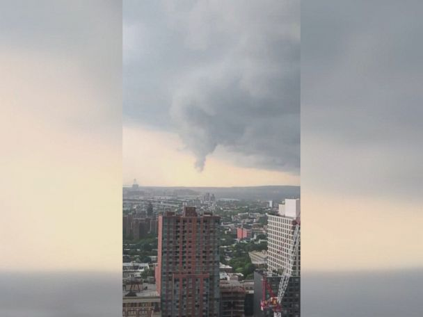 WATCH:  Funnel cloud forms over Brooklyn