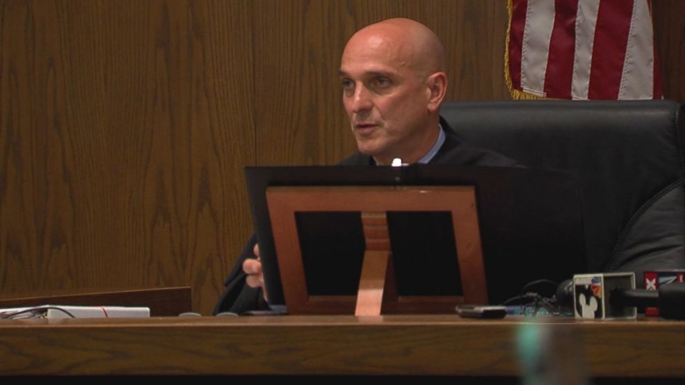 Judge Apologizes For Taping Defendants Mouth Shut Says He