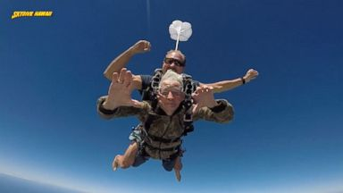 Skydivers collide in midair in Illinois Video - ABC News