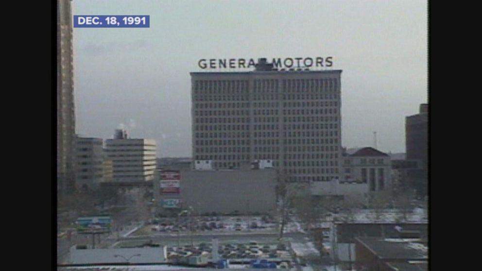 General Motors to close 21 plants.