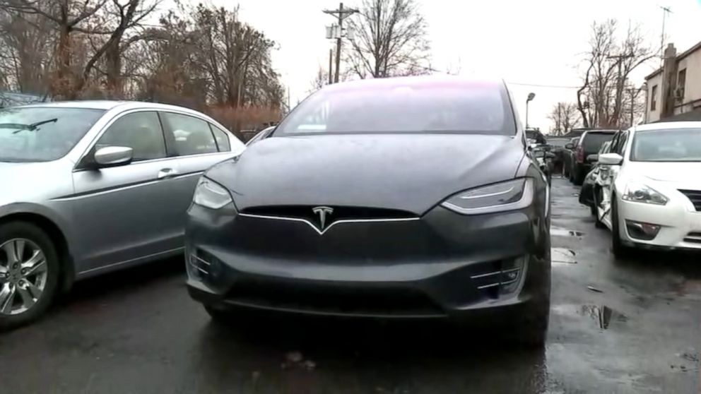 Tesla's Autopilot blamed by driver for accident, police say - ABC News