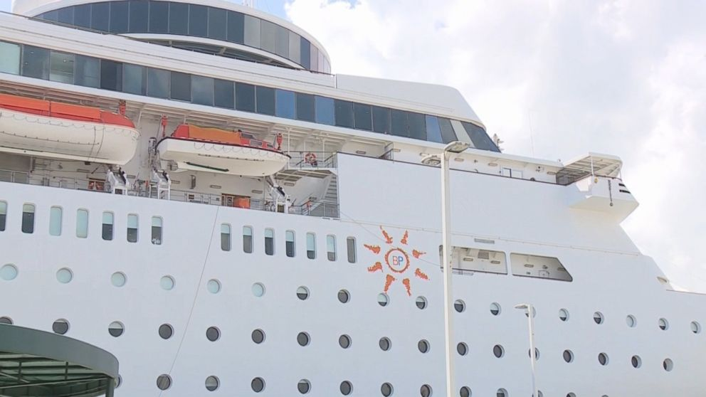 Cruise ship returns to Florida after being turned away by Cuban government