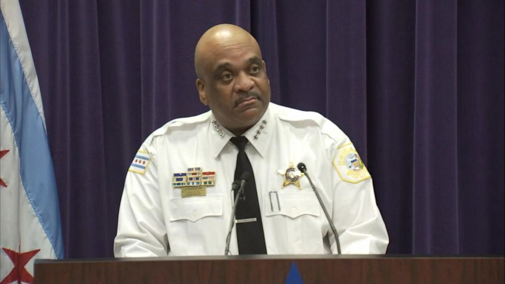 Search for killer of off-duty Chicago police officer John