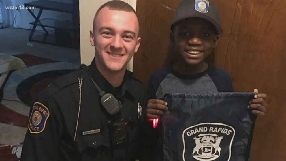 Tremendous Police Officer Throws 9 Year Old Boy Surprise Party After No One Funny Birthday Cards Online Inifofree Goldxyz