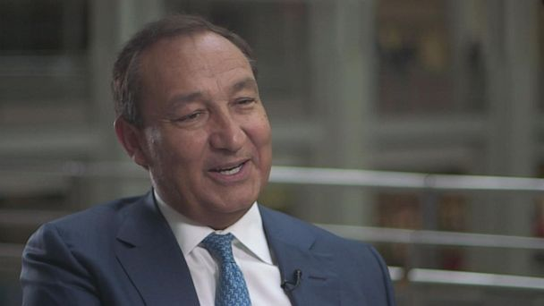 United Airlines CEO admits passengers have had enough