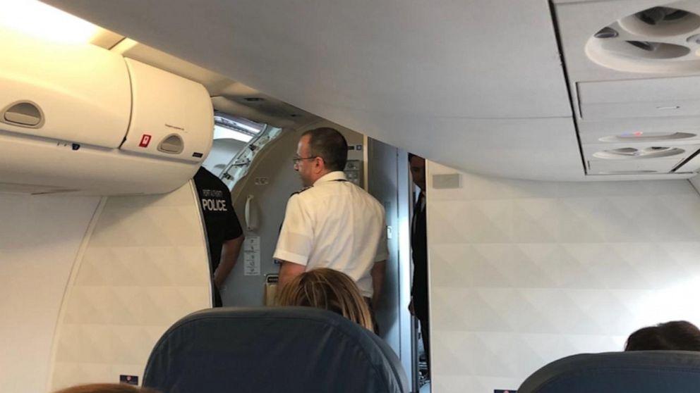 Suicidal Woman Tries To Open Plane Door During Delta Flight From