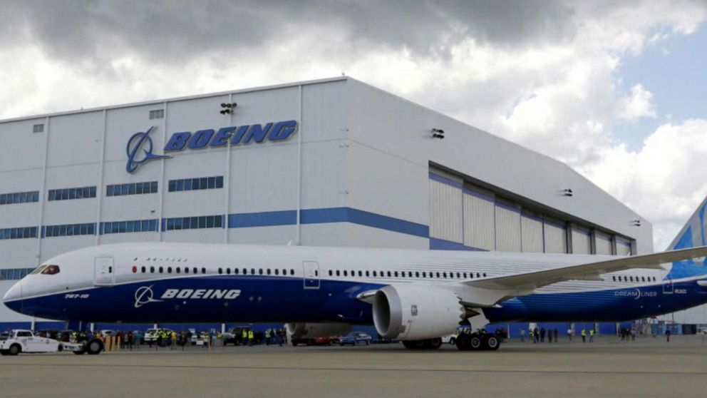 Lawmakers grill FAA chief over safety questions involving Boeing 737