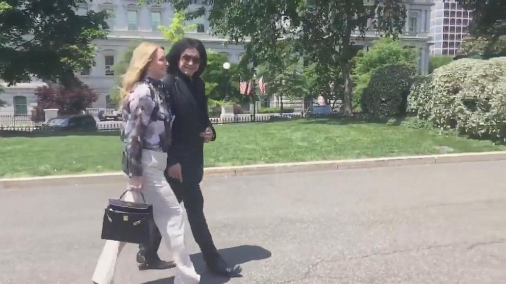 KISS frontman Gene Simmons paid a surprise visit to the White House