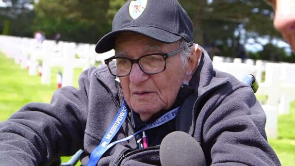 D-Day veteran on fellow soldiers: 'We watched out for each other'