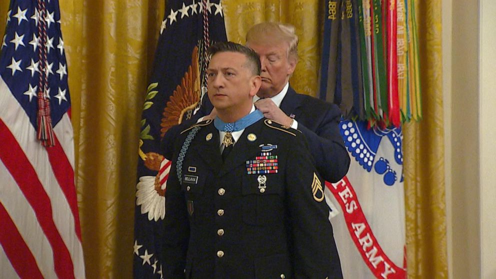 Trump awards Iraq War hero with Medal of Honor
