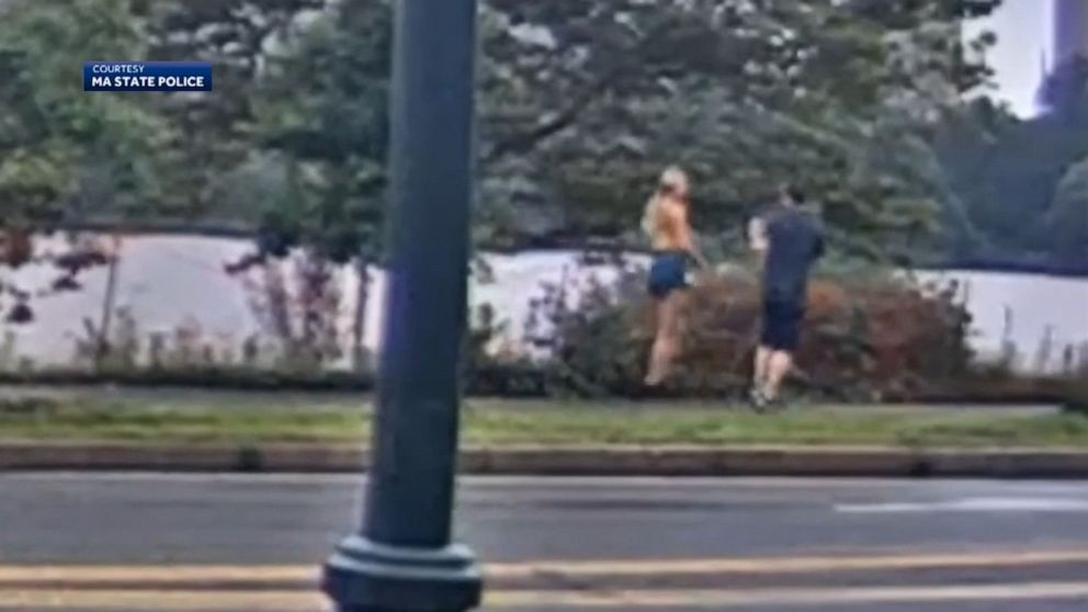 Massachusetts mother of 3 chases down, pins alleged flasher