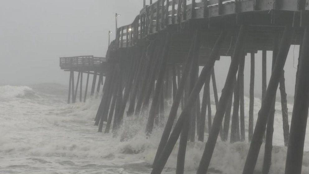 WATCH: Hurricane Dorian makes landfall in North Carolina