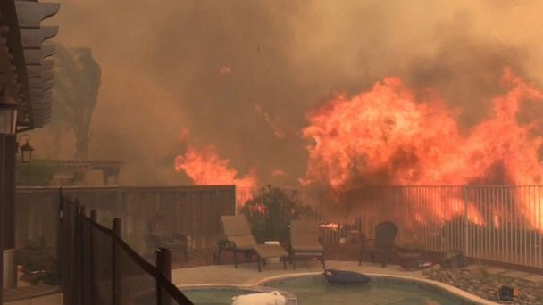 Wildfire scorches land near Los Angeles