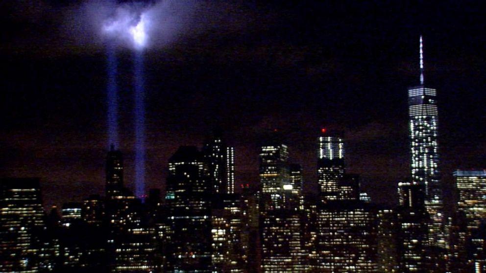 New York S 9 11 Tribute In Light Endangers 160 000 Birds