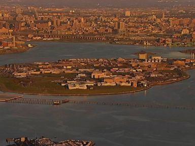 WATCH:  De Blasio praises plan to close Rikers Island jail
