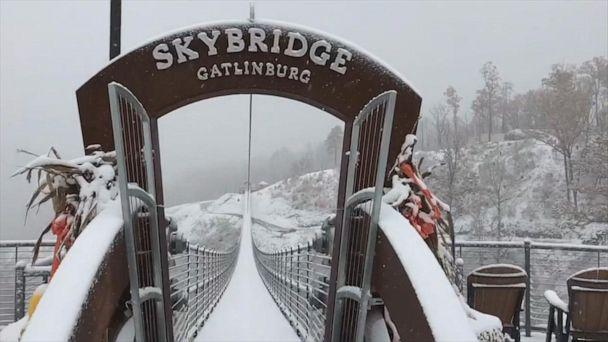 Snow falls on SkyBridge Gatlinburg