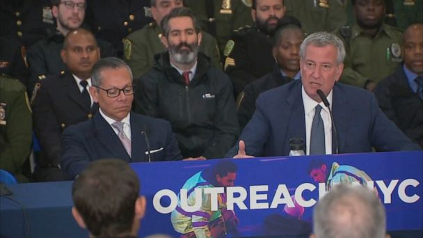 Newark sues NYC mayor over moving homeless families to New Jersey