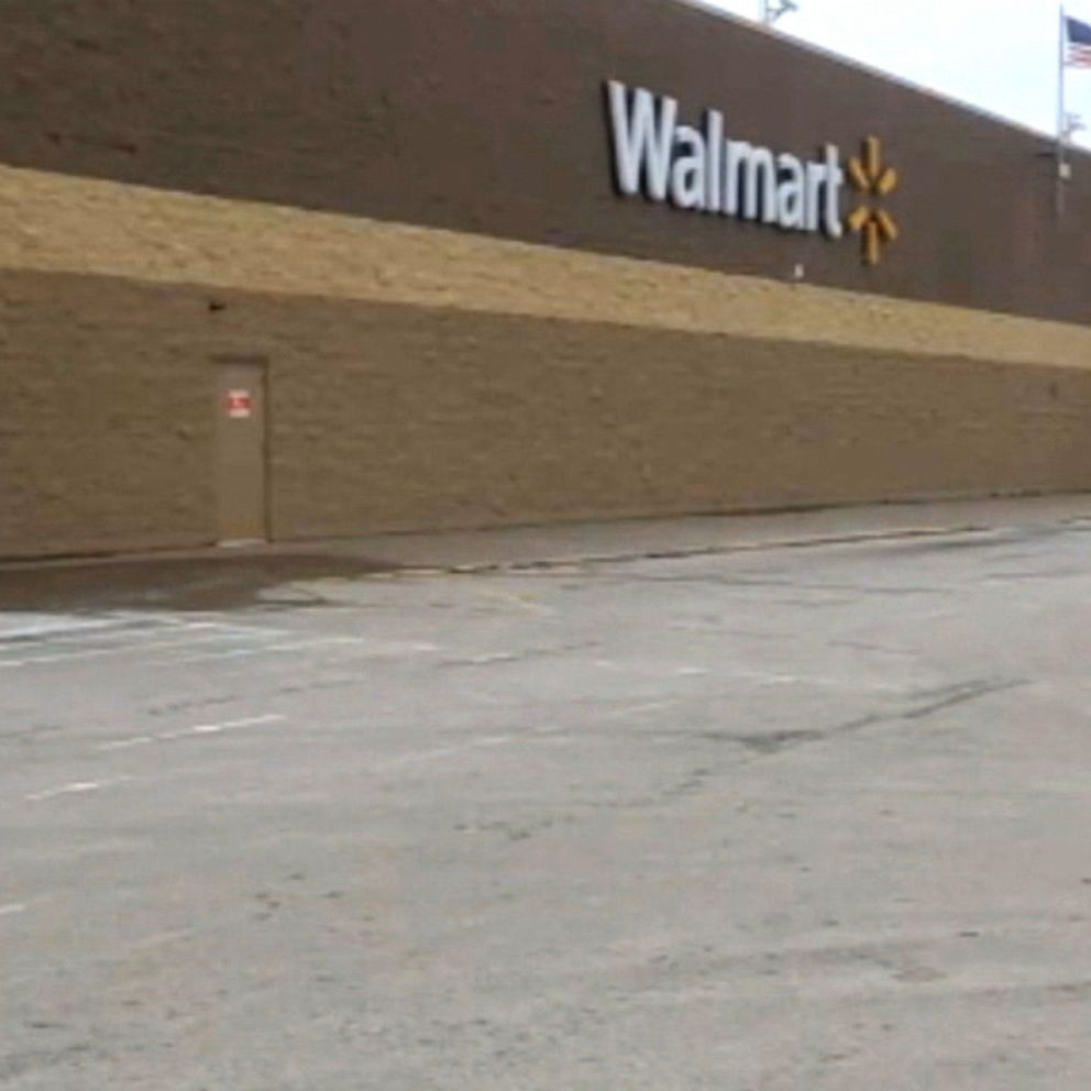 Bedbugs Released Inside Pennsylvania Walmart Police Investigating Abc News