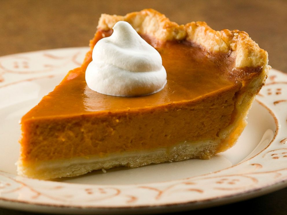 PHOTO: There are 374 calories in one piece of pumpkin pie.