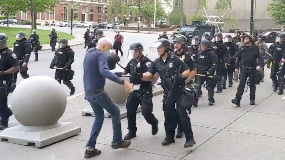Graphic Video Shows Buffalo Police Pushing Man To Ground During George Floyd Protest Abc News
