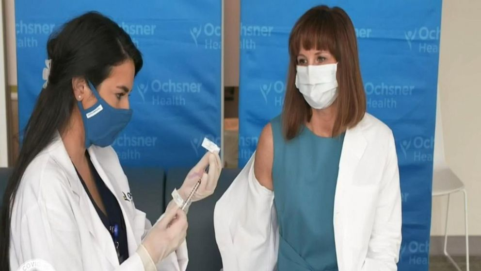 Frontline health care workers among first to receive COVID-19 vaccine