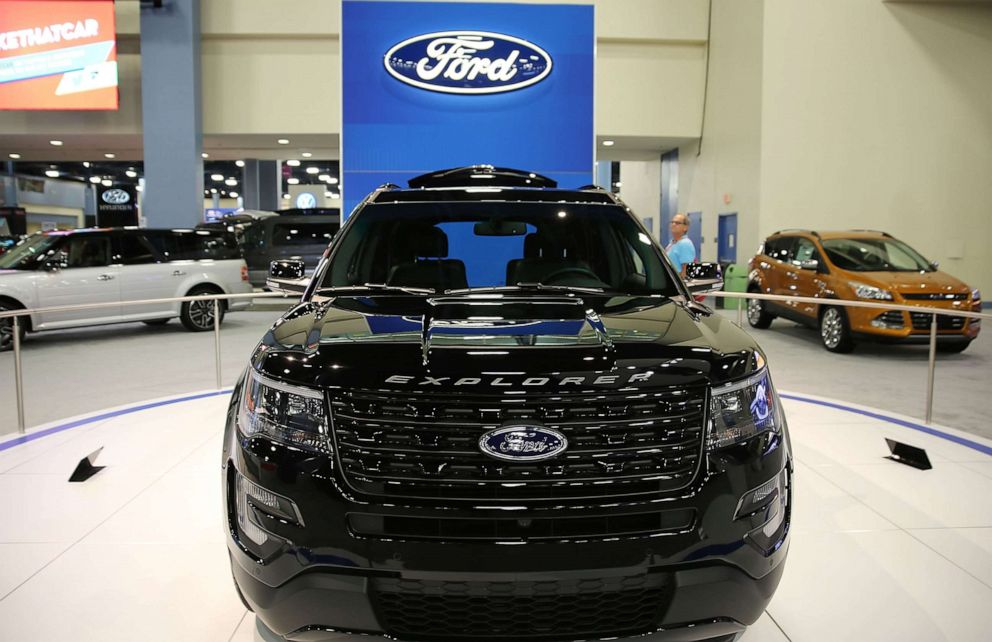 PHOTO: A 2016 Ford Explorer sits on display at the Miami Beach International Auto Show at the Miami Beach Convention Center on Nov. 12, 2015 in Miami Beach, Fla.
