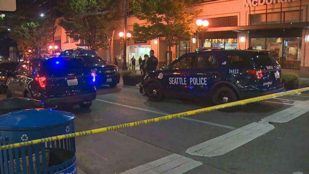 1、2負傷者が撮影でシアトル軽レール駅