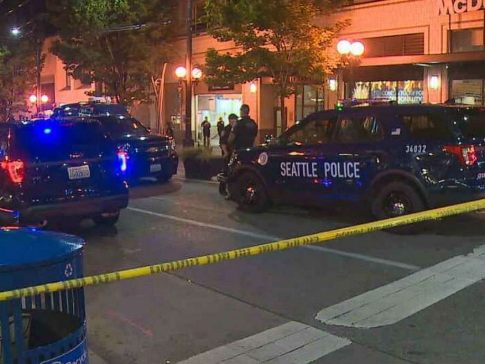 PHOTO: Police in Seattle respond to a shooting at the Westlake light-rail station Friday night.