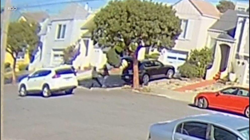 Asian woman beaten, robbed at gunpoint in San Francisco