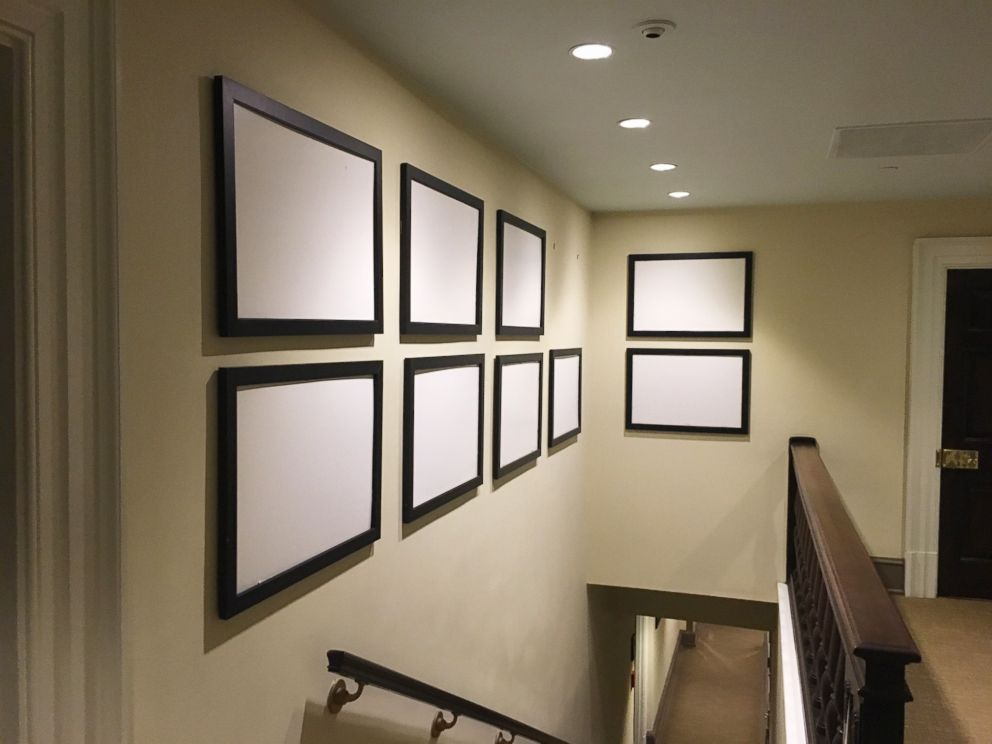 PHOTO: A White House hallway contains empty picture frames as the Obama family prepares to depart.