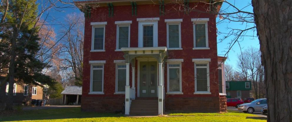 PHOTO Pictured Is The 100 Market St Apartment Building In Potsdam New York