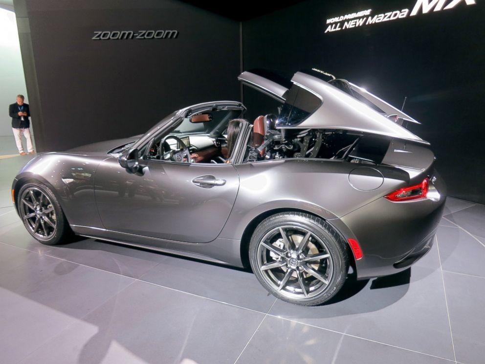 Photo The 2017 Mx 5 Sf Features A Retractable Hardtop Mazda Has Not