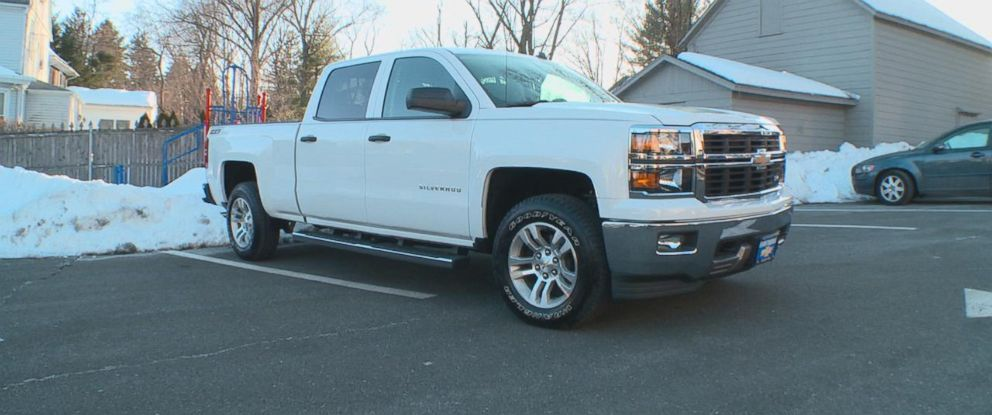 PHOTO: An ABC News producer was sold this brand new 2014 Chevrolet Silverado pickup truck with a potentially dangerous open safety recall at a New Jersey dealership.