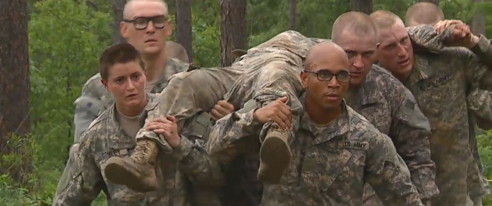 PHOTO: Trailblazing female soldiers attend the Armys Ranger School at Fort Benning, Ga.