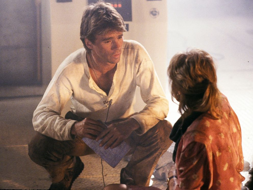 PHOTO: Richard Dean Anderson and Darlanne Fluegel film a scene from the pilot episode of MacGyver, Sept. 29, 1985.