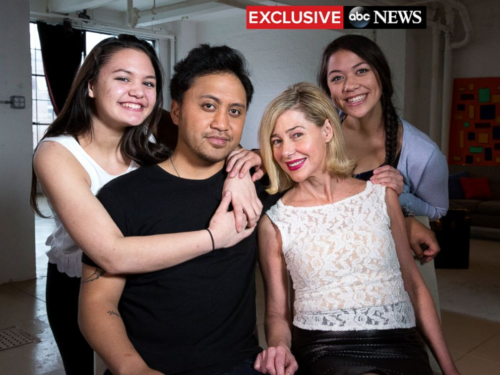 PHOTO: Mary Kay Letourneau Fualaau and Vili Fualaau are seen here with  their two teenage