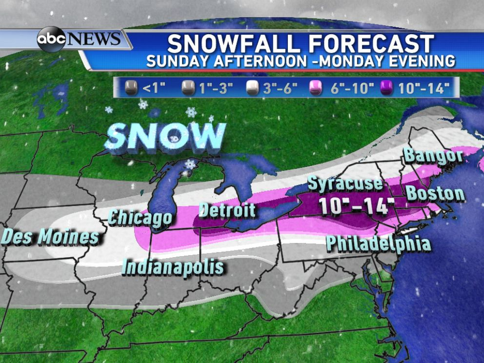 PHOTO: Updated snowfall forecast shows the highest snow totals are expected from the eastern Great Lakes to New England between Sunday afternoon and Monday evening.