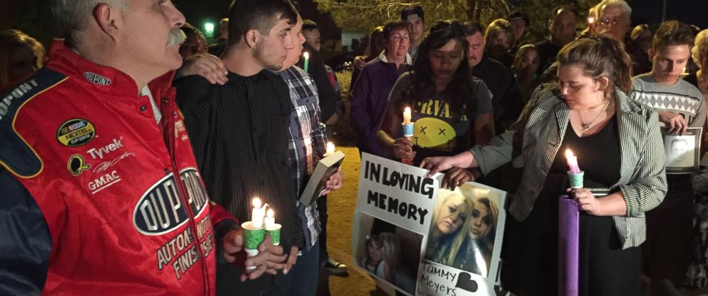 PHOTO: The family of the late Tammy Meyers held a candlelight vigil in Las Vegas Feb. 17, 2015 after Meyers was gunned down in what police are calling a road rage incident.