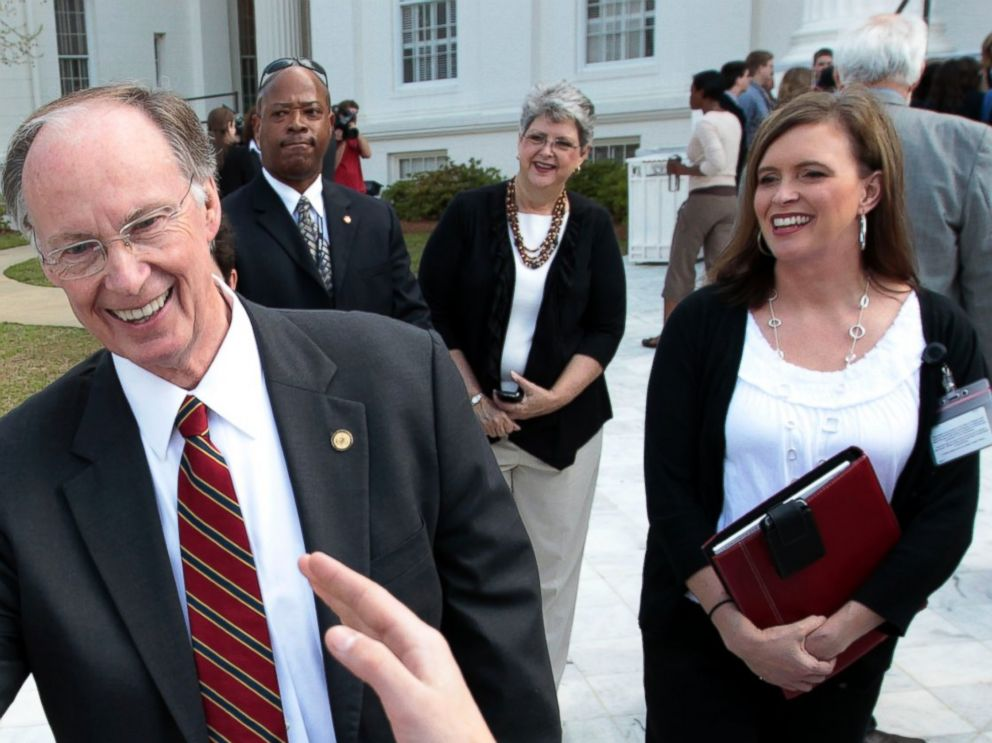 breaking down former alabama gov. robert bentley's alleged affair
