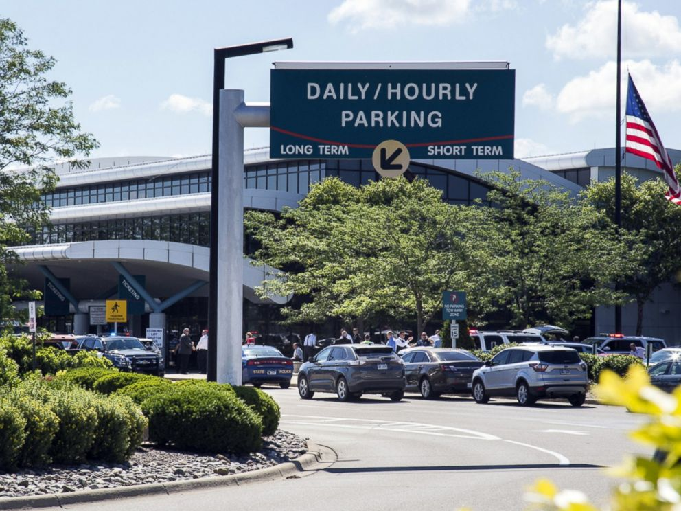 Stabbing Of Officer At Michigan Airport Being Investigated As Act - Michigan airports