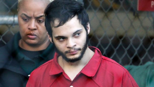 Man accused of killing 5 at Ft. Lauderdale airport to plead guilty, avoid death penalty