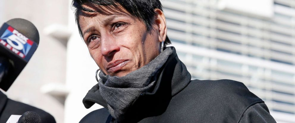 PHOTO: Evelyn Rodriguez, mother of Kayla Cuevas, 16, who was brutally slain in 2016, allegedly by members of the MS-13 street gang, stops to talk members of the press gathered outside U.S. District Court in Central Islip, N.Y., March 2, 2017.