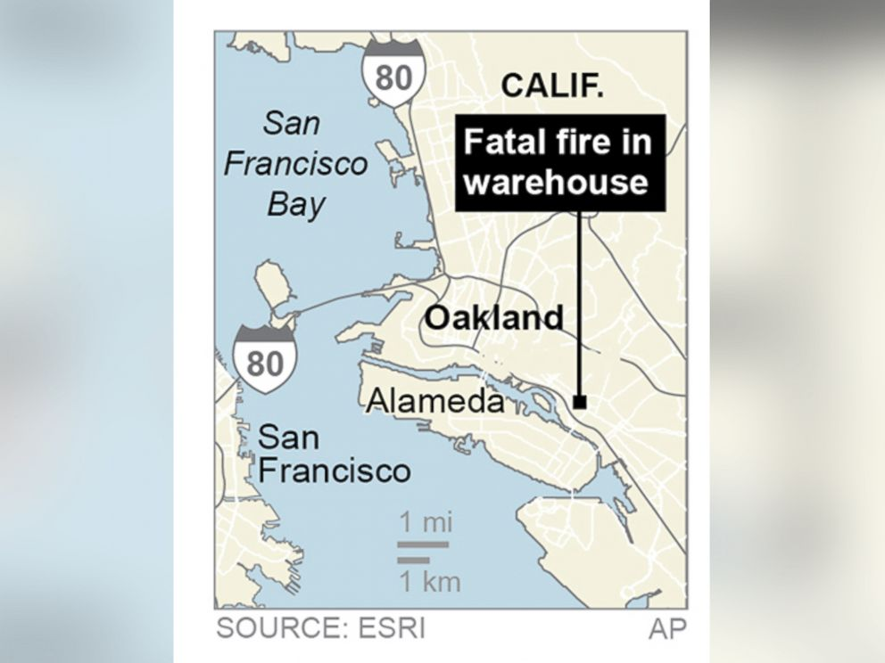 PHOTO: San Francisco Bay Area authorities say a fire has broken out at an Oakland warehouse, Dec. 2, 2016 in Oakland, California.