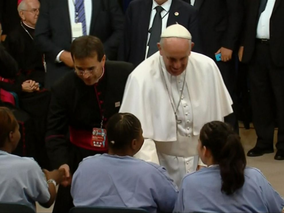 PHOTO: Pope Francis shakes hands with prisoners at Curran-Fromhold Correctional Facility in Philadelphia, Sept. 27, 2015.