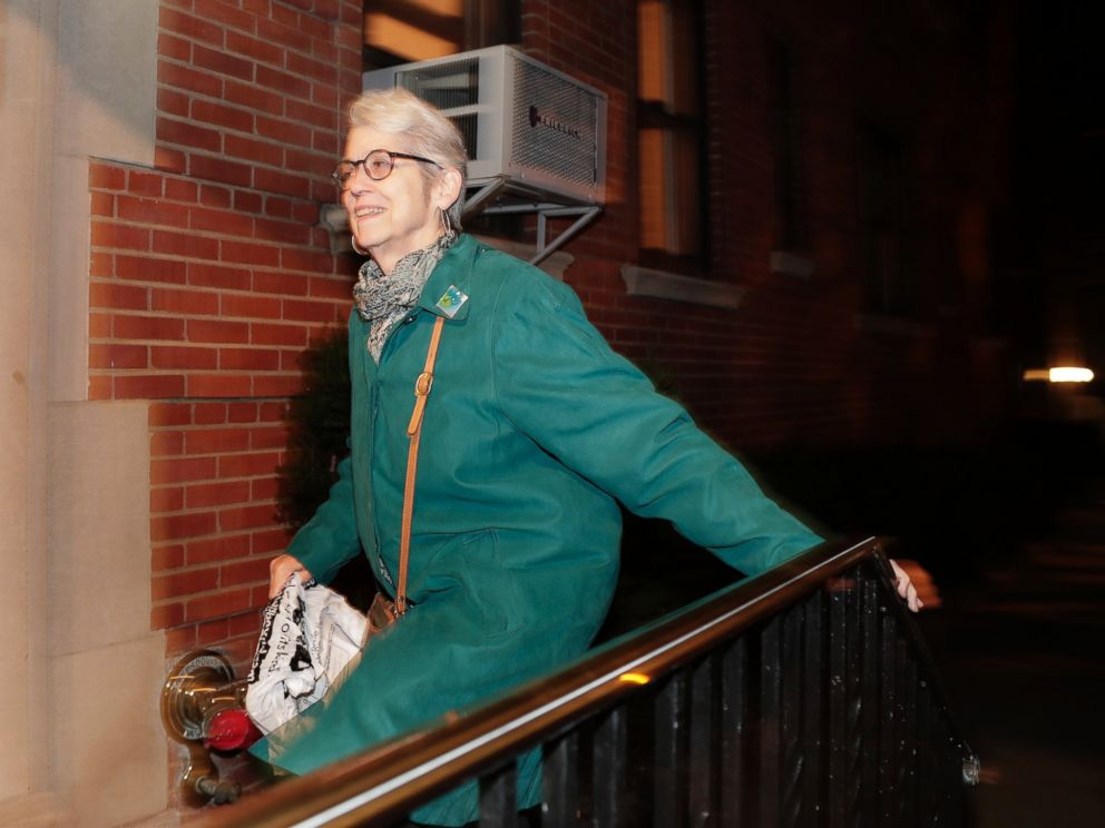 PHOTO: Jessica Leeds arrives at her apartment building, Wednesday, Oct. 12, 2016, in New York. Leeds was one of two women who told the New York Times that Republican presidential candidate Donald Trump touched her inappropriately.